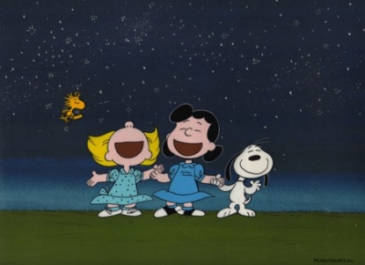 Lucy, Snoopy and Sally sing